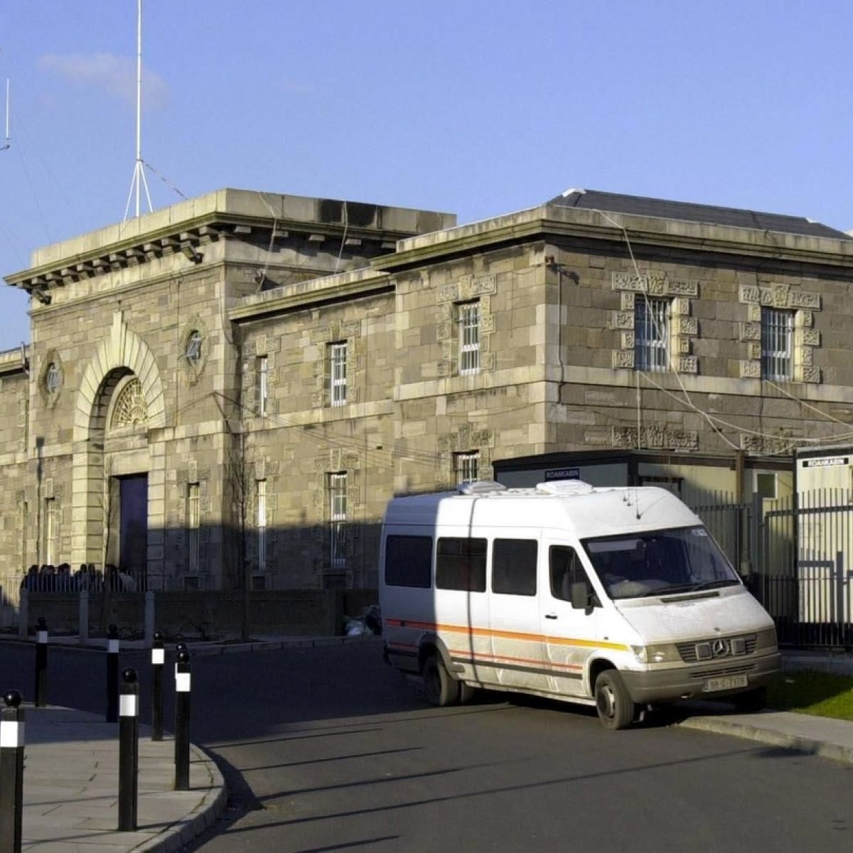 New laws needed to allow Irish prisoners abroad return home