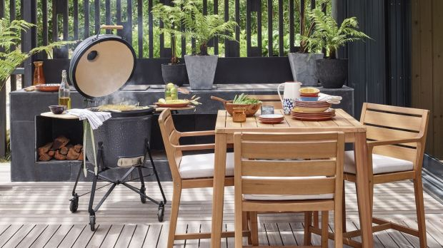 The BergHoff ceramic oven charcoal barbecue and oven will quickly become the focal point of your outdoor dining space.
