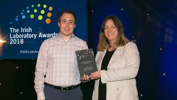 Mary Dempsey, Senior Lecturer in Mechanical Engineering at NUI Galway, presents the Laboratory Staff Member of the Year award to Dr. Michael O'Byrne, Dynamical Systems and Risk Laboratory, UCD.