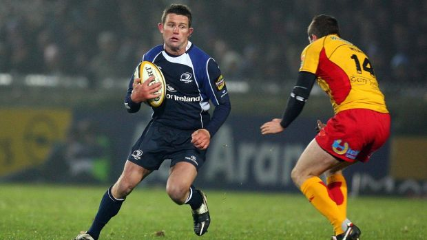 David Holwell carries against the Dragons in 2008. Photograph: Dan Sheridan/Inpho