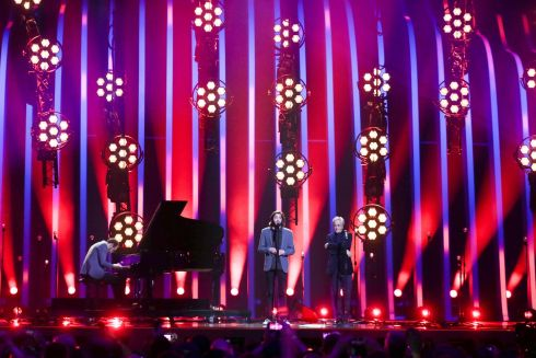 The winner of the 2017 Eurovision Song Contest Salvador Sobral (C) and Brazilian singer Caetano Veloso (R) perform during the Grand Final of the 63rd annual Eurovision Song Contest (ESC) at the Altice Arena in Lisbon, Portugal Twenty-six finalists were competing to win the ESC 2018.  EPA/JOSE SENA GOULAO