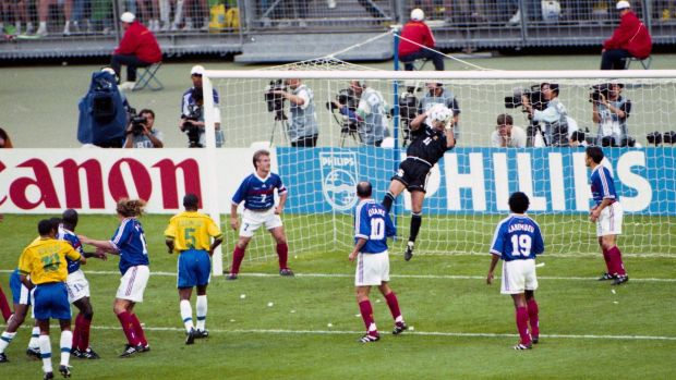Fabien Barthez makes a save. Photo: Christian Gavelle/Icon Sport via Getty Images