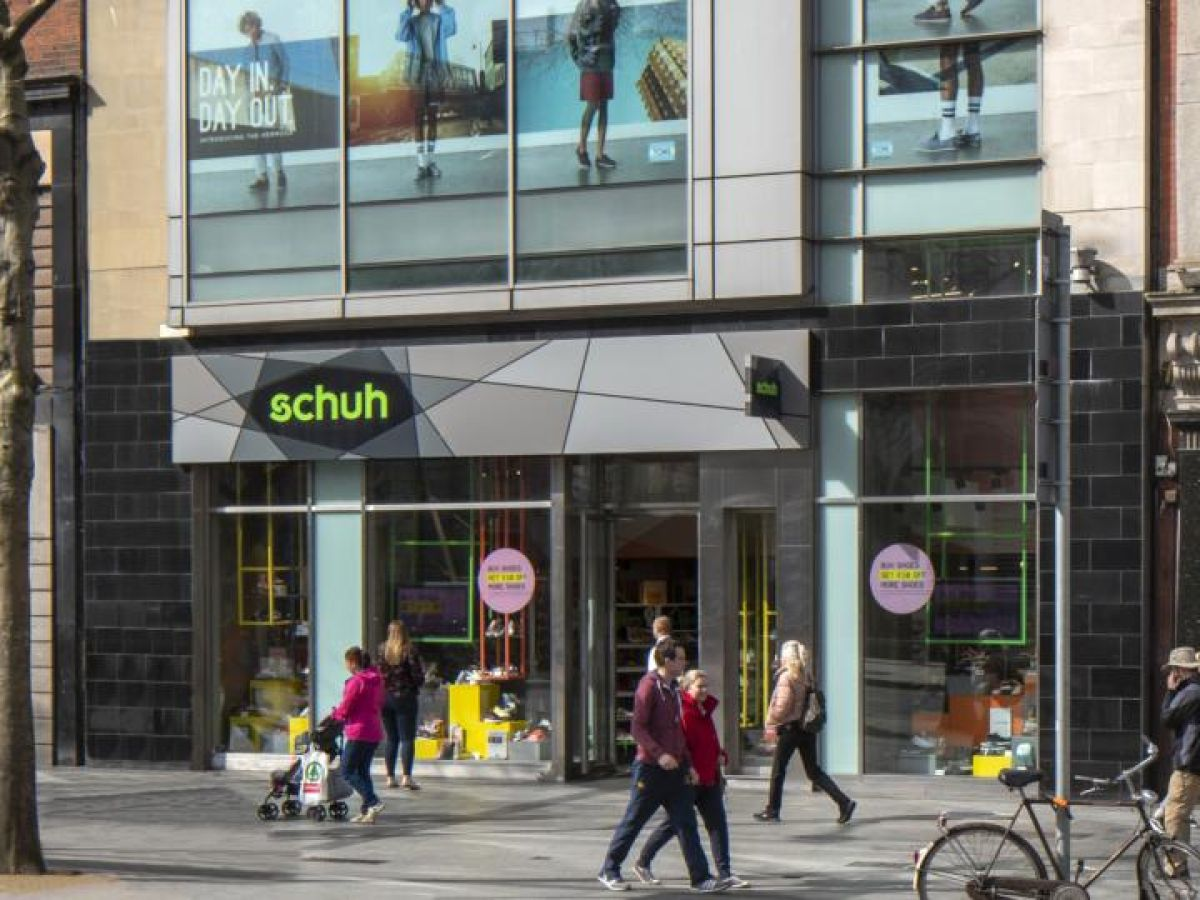 Schuh shop on O'Connell Street goes on