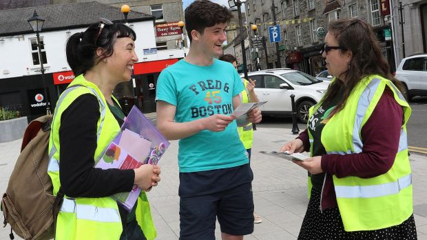 Maria Guelbenzu and Danielle Roberts of Alliance for Choice, Belfast speak to Adam Kelly about a Yes vote in Cavan town. Photograph: Lorraine Teevan