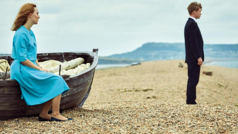 On chesil beach saoirse ronans new film not wholly satisfying fandeluxe Images