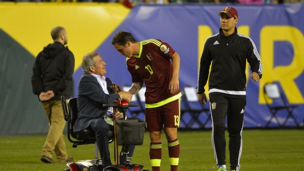 Legendary Uruguay coach Oscar Tabarez now makes use of a wheelchair on the sideline. Photo: Alex Goodlett/LatinContent/Getty Images