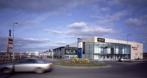 The Westend Retail Park in Blanchardstown, orginally developed by the Cosgrave Property Group, was one of the first open-use retail parks in the Republic .