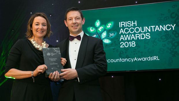 David Heath, CEO, Circit presents the Medium Practice of the Year Award to Larissa Feeney, Accountant Online
