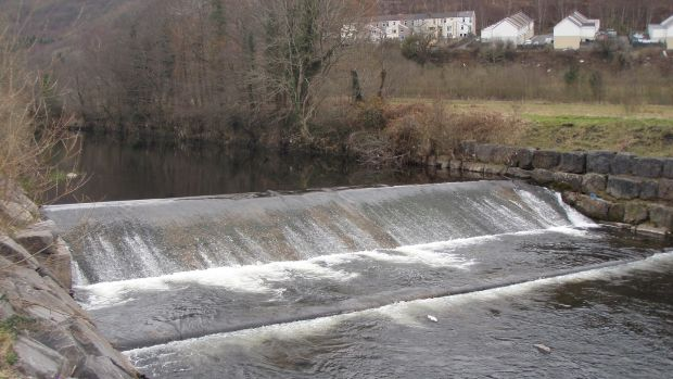 Work by Natural Resources Wales to remove the final major barrier to fish migration on the River Taff got underway last Tuesday at Merthyr Vale Weir, South Wales