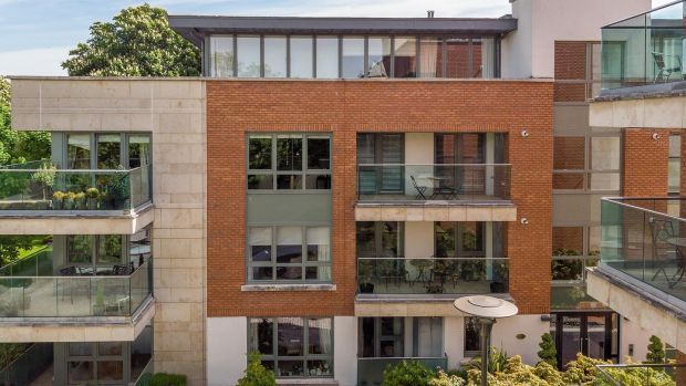 Tiger Two Bed On Shrewsbury Square For 795 000