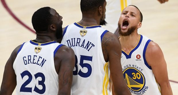 1d2407daf3e Stephen Curry and Draymond Green of the Golden State Warriors celebrate  with Kevin Durant at Quicken