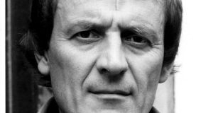 Tony Harrison: shares Dennis Potter's intelligent passion and Harold Pinter's political commitment.
