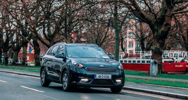 Could The Kia Niro Plugin Hybrid Become A Leader In Car Market We Take It Out On Road To Find Video Neil Briscoe