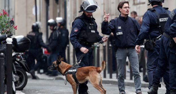 Four Hour Paris Hostage Stand Off Ends Without Bloodshed