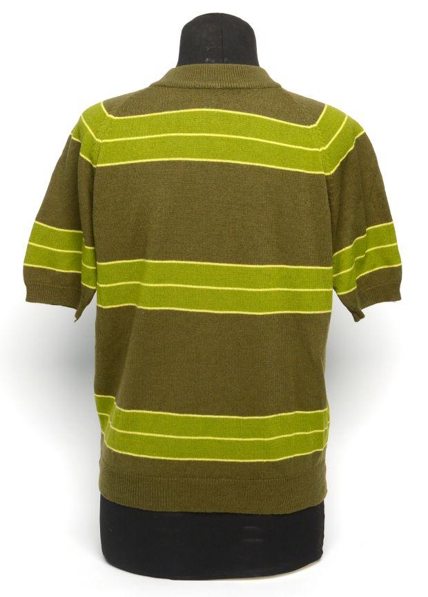 c63b23be3 Kurt Cobain's sweater worn in Nirvana's Smells Like Teen Spirit video