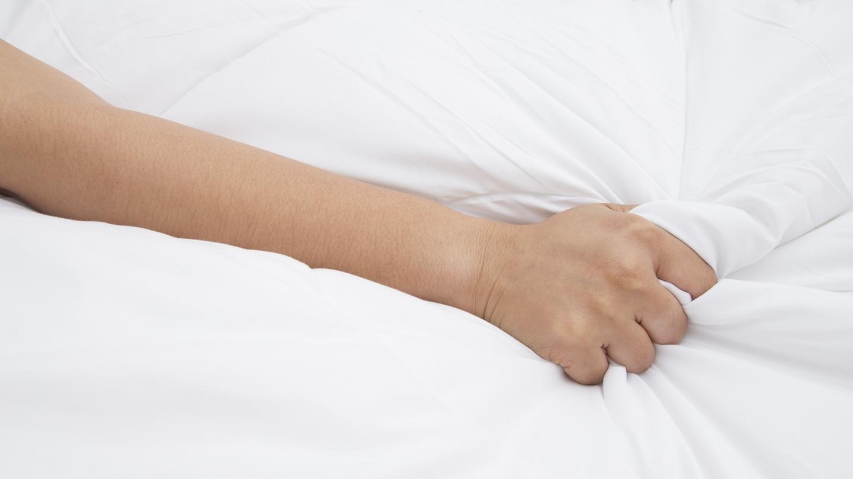 Female masturbation without a dildo