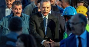 Turkey election: Can anyone stop Erdogan?