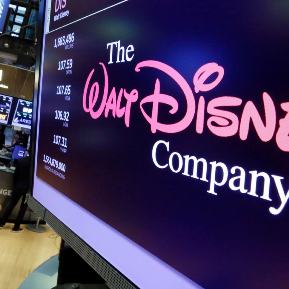 Goldman Sachs tops $100m in fees from Fox-Disney deal