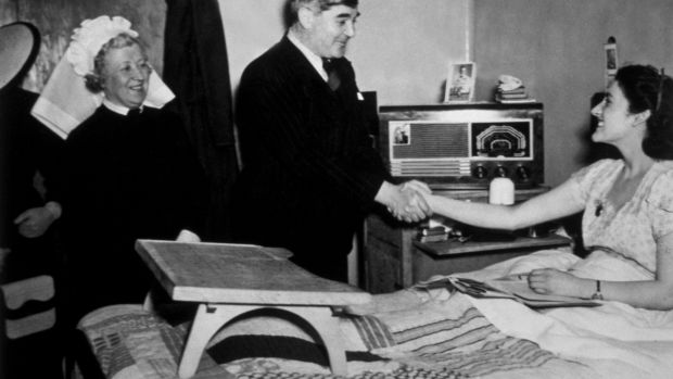 Aneurin Bevan, Minister of Health, meeting a patient at Papworth Village Hospital. Photo by Edward G Malindine/Getty Images