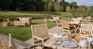 The breakfast terrace in Fota