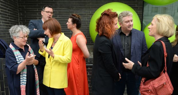 Gate theatre number of women directors up from 8 to 80 the minister for culture josepha madigan with garry hynes druid theatre at the launch of fandeluxe Images