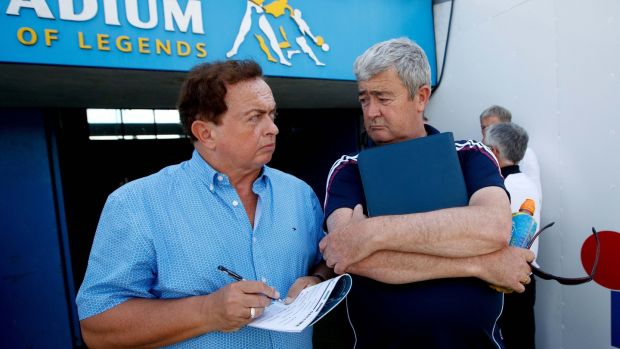 Marty Morrissey gets team news from John Hynes, chief executive, Galway GAA, at Semple Stadium, Thurles. Photograph: ©INPHO/James Crombie