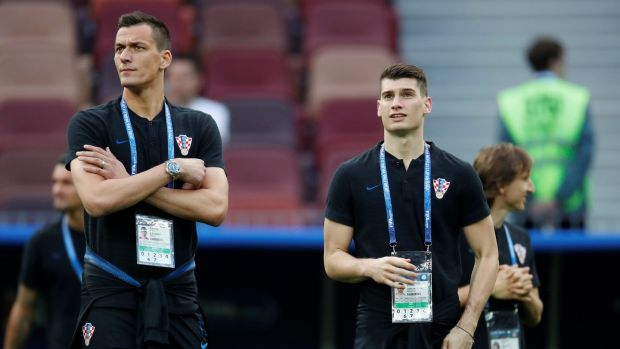 Nikola Kalinic (left) was expelled from the squad after refusing to play against Nigeria. Photo: Maxim Shemetov/Reuters