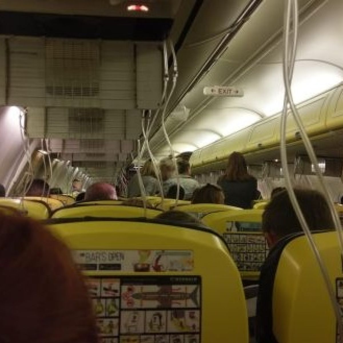I thought we were done for' - passengers on Ryanair flight