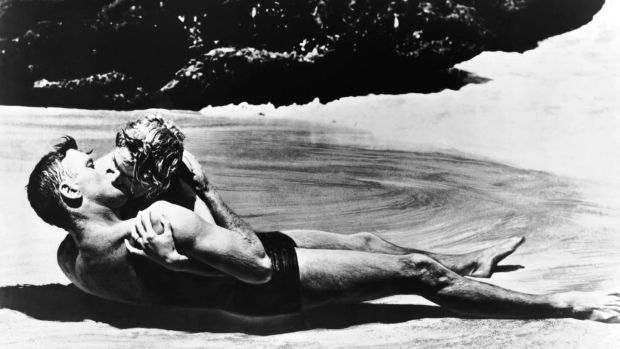 6. Halona Cove in Oahu, Hawaii, where this famous scene from the film From here to eternity was filmed.