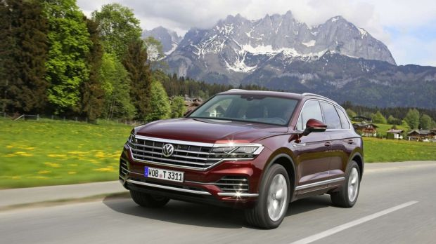 What Does Tiguan Mean >> Vw Touareg Can The Luxury Suv Stop Its Tribe From Shrinking