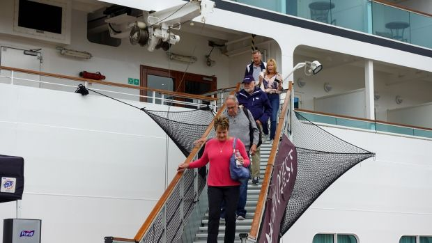 Passengers leaving the Seabourn Quest to check out Killybegs and explore the locality