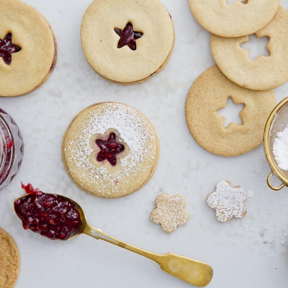 Recipe: Jammy dodger biscuits
