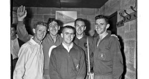 6 August 1958: Golden Mile in Morton Stadium, Santry. For the first time in history five men had run sub four minutes in the same race.  Murray Halberg,  Ronnie Delany,   Albie Thomas and  Herb Elliott and  Merv Lincoln.   Photo credit: Connolly Collection/Sportsfile