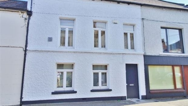22 Bath St, Irishtown, Dublin 4. Asking price €530,000, dropped to €475,000 in January, sold for €490,000 in April