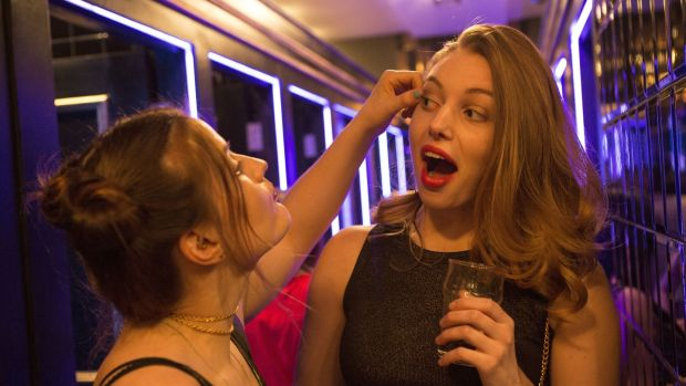 RTÉ publicity shot from 'Can't Cope, Won't Cope' by Stefanie Preissner. Danielle (Nika McGuigan) applies make-up to Aisling (Séana Kerslake)