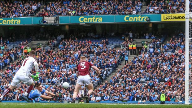 Con O'Callaghan scores Dublin's opening goal in the All-Ireland SFC semi-final against Galway at Croke Park. Photograph: James Crombie/Inpho