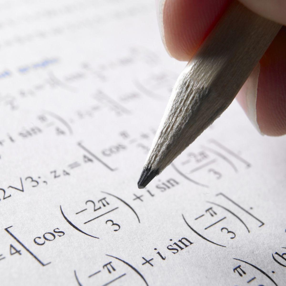 More than 3,700 Leaving Cert pupils fail maths exam