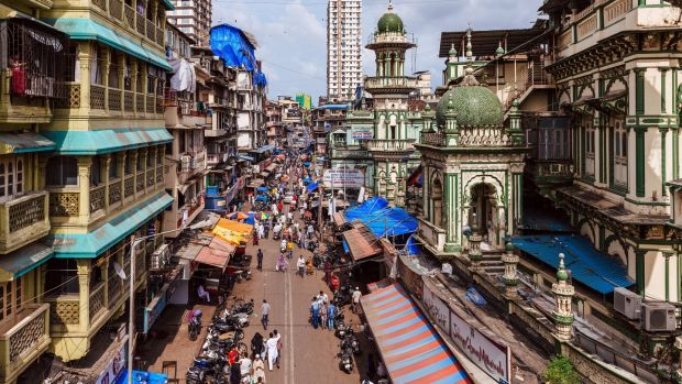 A busy road at the Minara Masjid, right, in Mumbai, Sept. 13, 2016. Photograph: Poras Chaudhary/The New York Times