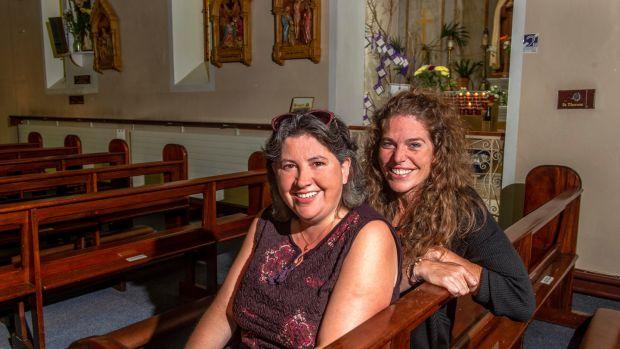 Maura O & # 39; Shea and Jenni Appadoo in St. John the Baptist Catholic Church in Killeagh , Co Cork. Photo: Michael Mac Sweeney / Provision