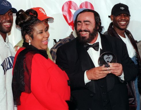 Luciano Pavarotti laughs along with Aretha Franklin and the group Boyz II Men at an awards ceremony in New York on February 23rd, 1998. Photograph: Henny Ray Abrams/AFP/Getty Images