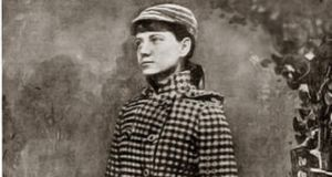 Nellie Bly set a world record for circumnavigating the globe in 72 days, 6 hours, 11 minutes and 14 seconds.