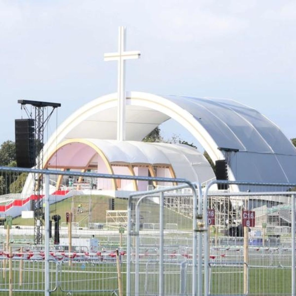Pope Francis In Ireland Complete Guide To Weekend Traffic Restrictions