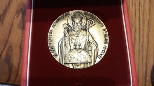 Commemorative medal presented to abuse survivors by Pope Francis.