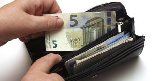 There was an increase of 3.6 per cent in average weekly earnings in the private sector, rising from €659.48 to €683.12.