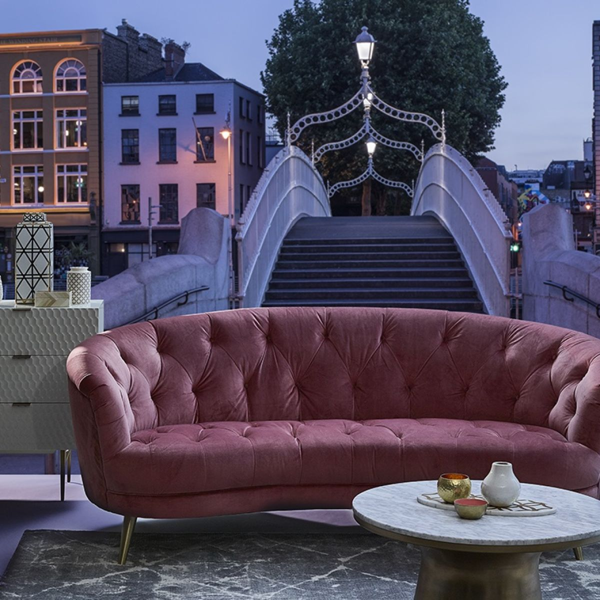 Fair settee arnotts brings the suite life to dublins landmarks