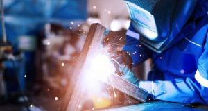 A  report shows that new order growth in the manufacturing sector quickened to the fastest in the year so far in August.