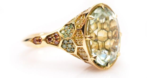 Platos Beryl Signature Ring In 18ct Yellow Gold With Green And Coloured Diamonds