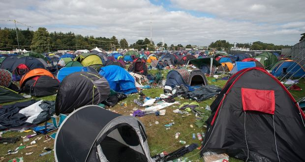 Electric Picnic Tents Given To Homeless Migrants In Calais