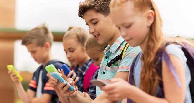 20% of 8-13 year olds talk to strangers online daily