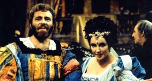 Foodie plot twist: Richard Burton and Elizabeth Taylor in The Taming of the Shrew